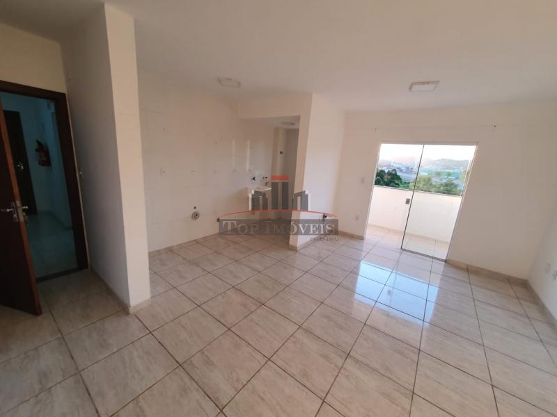 Apartamento à venda na Rua Luiz Alves - Santa Terezinha, Brusque - SC