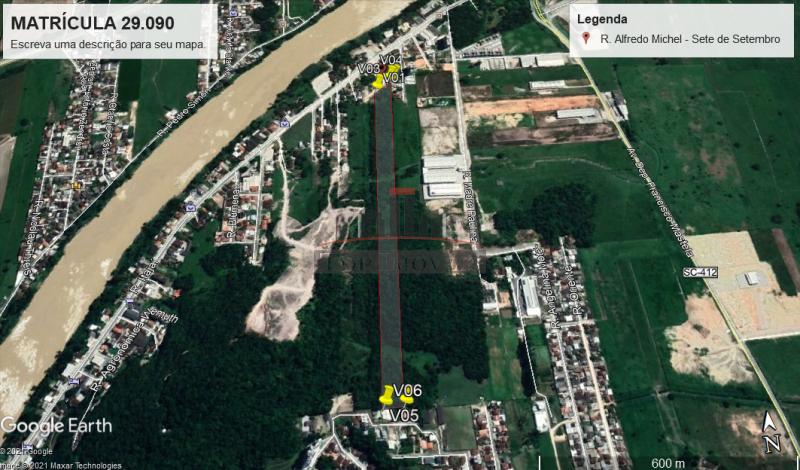 Terreno grande no Centro de Gaspar