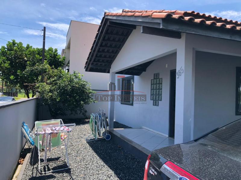 Linda Casa na Praia| Mobiliado | Balneário Piçarras | 4 quartos
