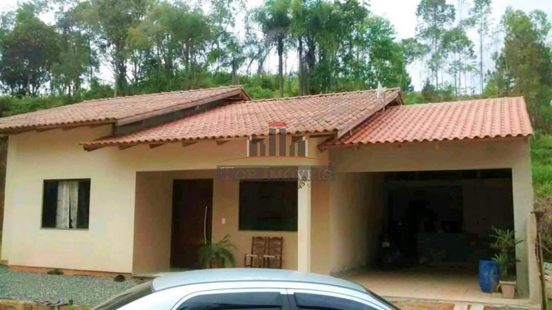 Linda casa com 3 quartos! | Localizado em um loteamento maravilhoso na Guabiruba Sul