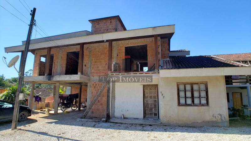 Casa para investimento | 2 + 3 quartos | Lageado Baixo